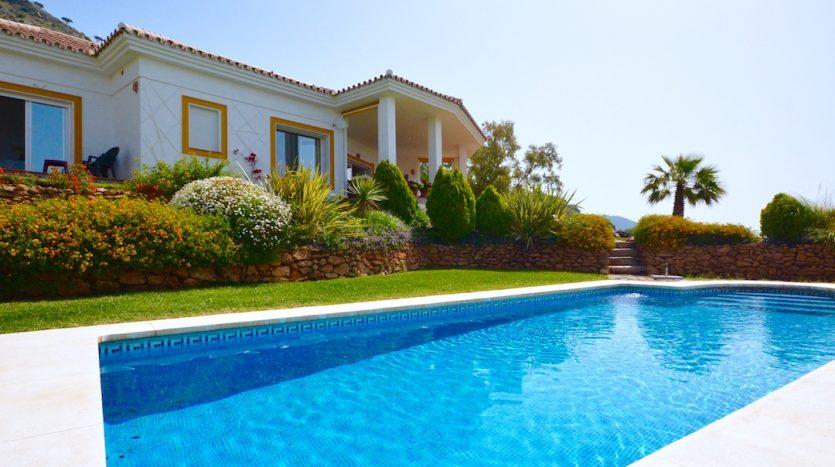 Let's help to buy property in Tenerife