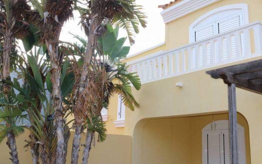 Красивый дом в Buenavista