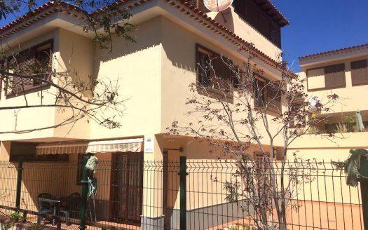 Casa adosada en Villas Mirador del Roque