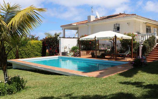 Villa en Sauzal con piscina