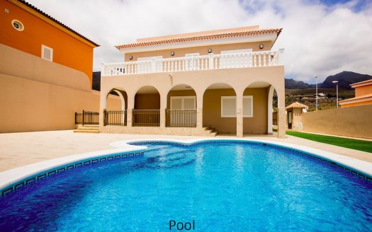 House in Adeje with pool